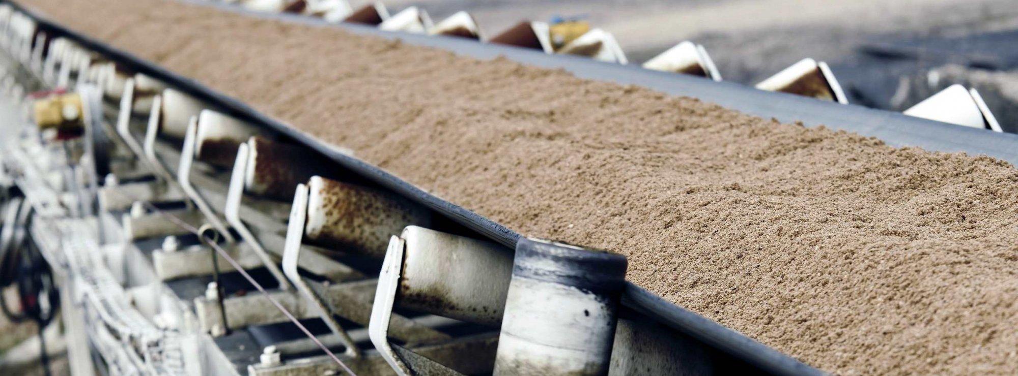 Угол наклона конвейера для сыпучих материалов купить кронштейн транспортера